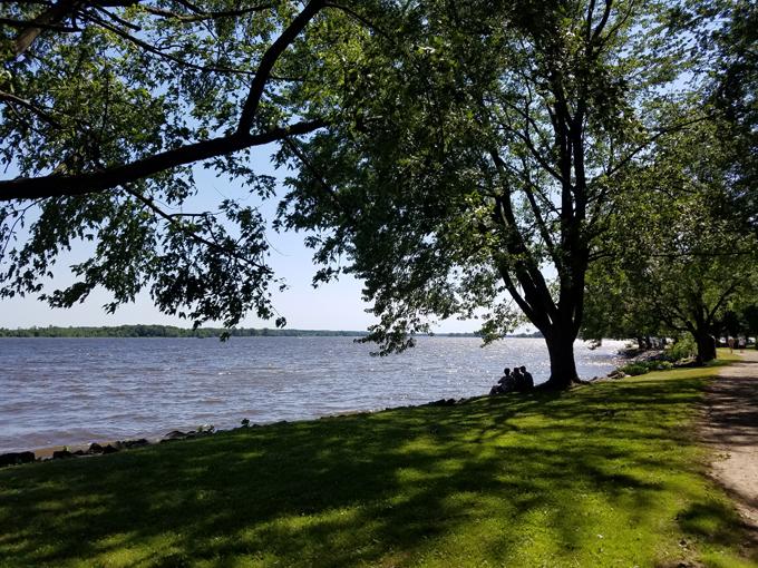 Montebello Ottawa River