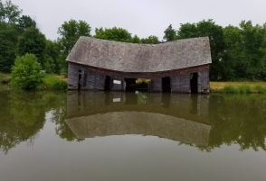 old barn on the Champlain Canal