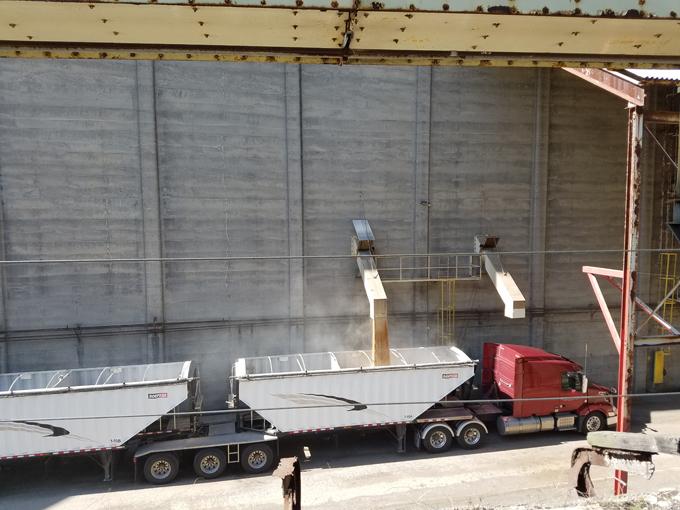 loading grain