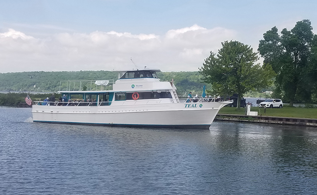 Ithaca tour boat