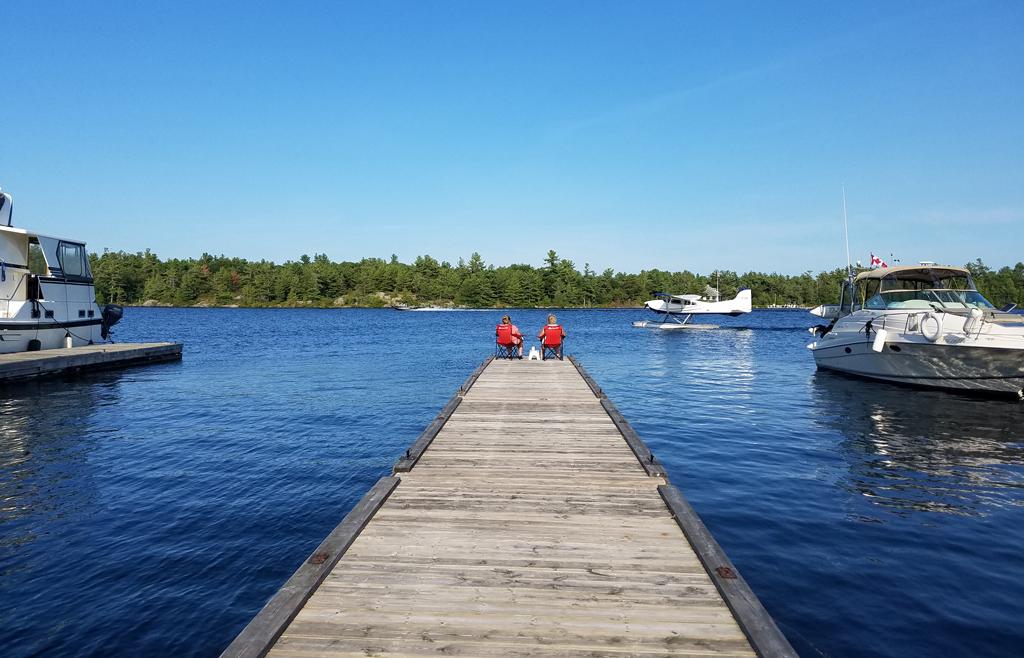 Henrys dock